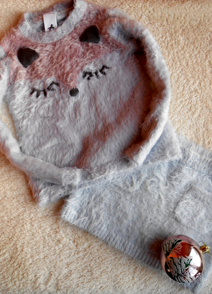 Продам комплек набор свитер юбка с лисичкой 4 5 лет