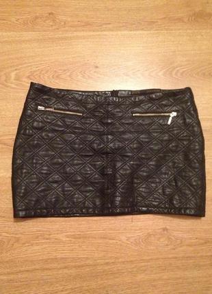 Супер стильная мини юбка искусственная  кожа / zara / m