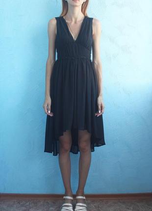 Черное шифоновое платье