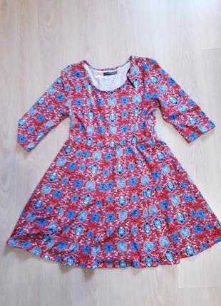 Трикотажное платье в цветочный принт