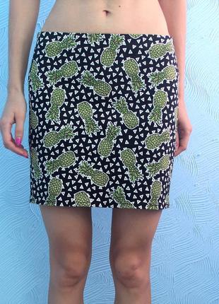 Мини-юбка с ананасами