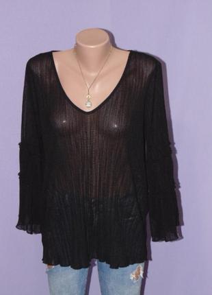 Черная блузочка с рюшами на рукавах/14 размера