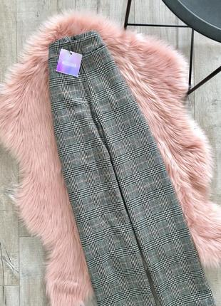 Теплые брюки на заклепках missguided
