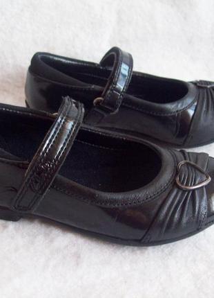 Туфли кожа лак clarks, стелька 16 см.