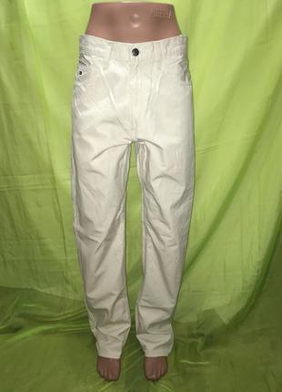 Светлые мужские брюки tommy hilfiger 30/32 л м