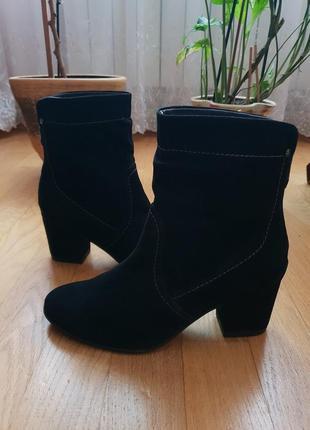Натуральные фирменные ботинки на флисе 39р./25,5 см