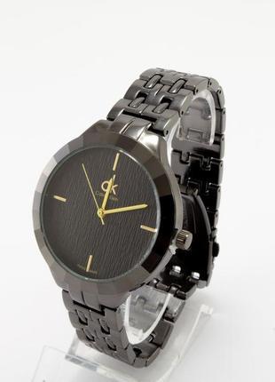 Часы в черном металле+коробочка