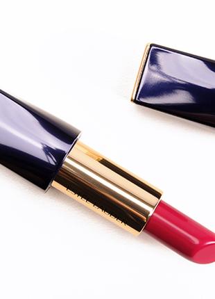 Помада estee lauder pure color envy sculpting lipstick. оттенок 240 tumultuous pink.