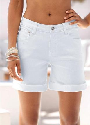 Идеальные белые шорты,размер м-л