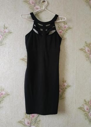 Маленькое чёрное платье inthestyle размер 6-8 смотрите замеры.