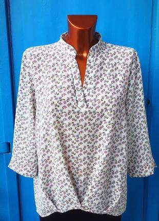 Элегантная фирменная блуза в мелкий цветочный принт от massimo dutti