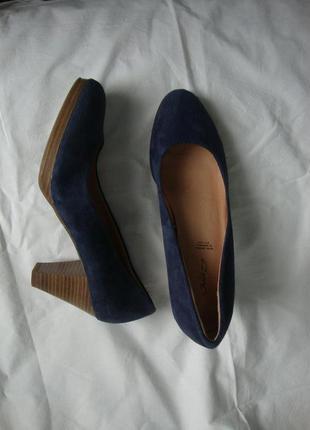 Туфли janet d германия 40 разм. натуральный замш, кожа