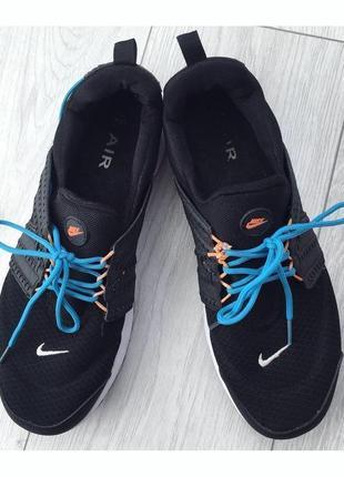 Кросівки, кроссовки.