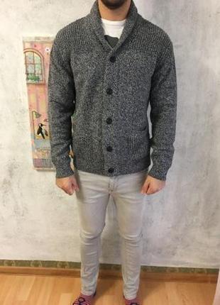 Очень плотный и теплый свитер tu . размер - l, кардиган - новый