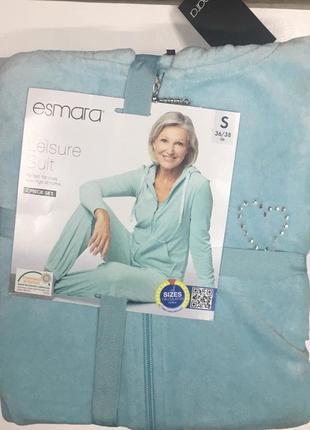 Новый велюровый костюм esmara