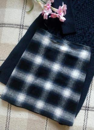 Трендовая юбка в клетку с высокой талией