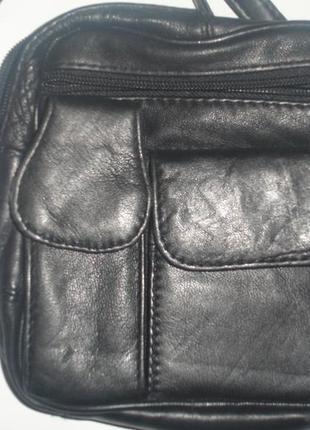 Фирменная небольшая мужская кожаная сумка в идеале