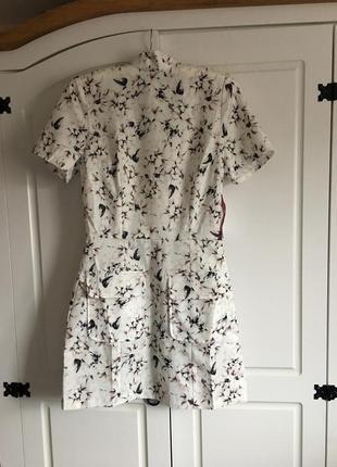 Платье короткое, нежное