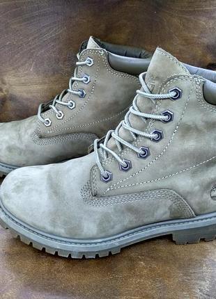 Классные ботинки timberland ( 36 размер )