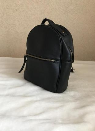 Рюкзак от bershka