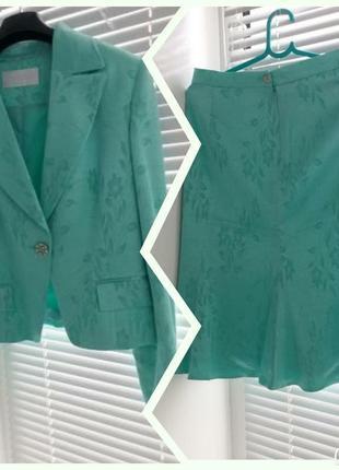 Костюм, пиджак, юбка, костюм на праздник. скидка!
