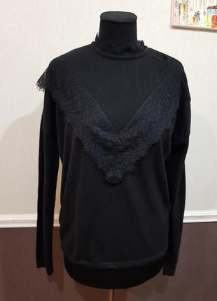 Черный свитер с кружевом naf naf