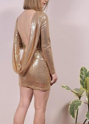 Чудове міні платюшко в паєтки з нереально крутою спинкою