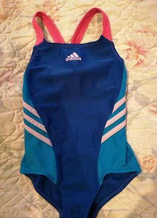 Стильный очень яркий купальник adidas на девочку в бассейн или на пляж1
