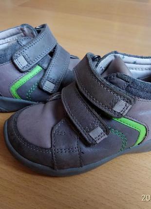Добротні шкіряні черевички c080ebc81d416