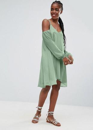Мятное воздушное платье