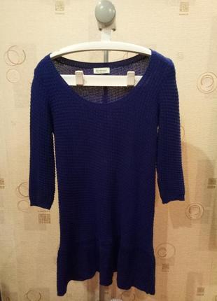 Женское вязаное синее платье