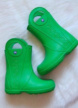 Crocs (оригинал). размер j1. яркие резиновые сапоги. модель унисекс