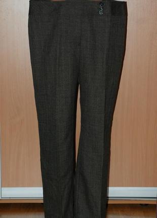 Классические брюки бренда papaya /прямого покроя/
