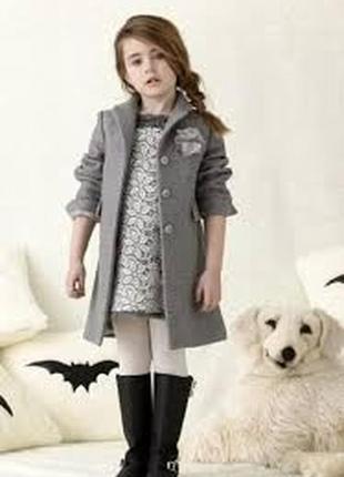 Стильное пальто для девочки1