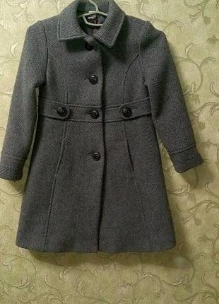 Стильное пальто для девочки2