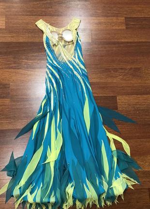Платье для бальных танцев ( стандарт )