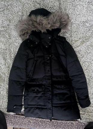 Зимнее очень тёплое брендовое пальто с капюшоном