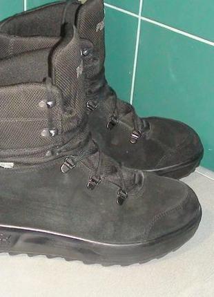 Puma gore-tex - шкіряні зимові черевики. р - 40 (25.5см)