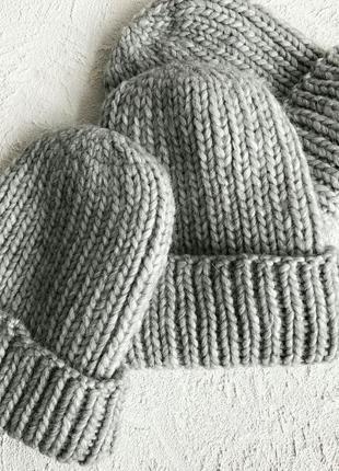 Теплая мягкая шапка в светло сером цвете♥
