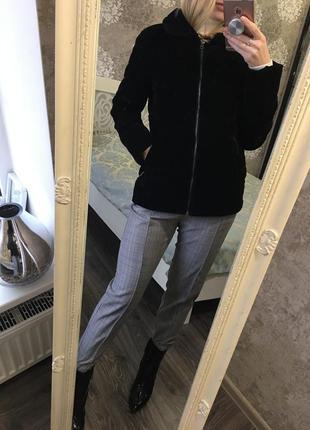 Бархатная тёплая куртка  на синтепоне