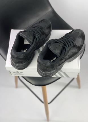 Шикарные мужские кроссовки adidas yung 1 total black (весна/ лето/ осень)3