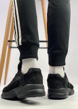 Шикарные мужские кроссовки adidas yung 1 total black (весна/ лето/ осень)5