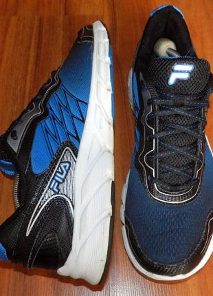 Fila athletic! оригинальные, яркие, ультра легкие и удобные кроссовки