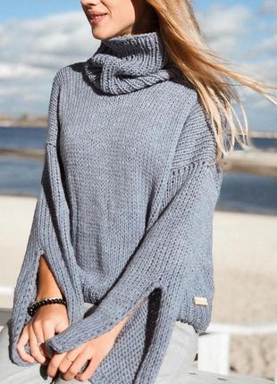 Стильный свитер в стиле оверсайз🔝