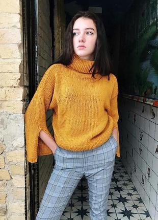 Тёплый свитер в стиле оверсайз♥