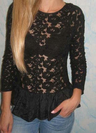 Кружевна , ажурна нарядна блуза tusnelda blosh