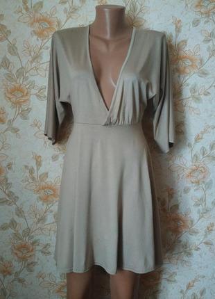 Сток. платье-туника. красивого бежевого цвета. на бирке-10 р-р 44-46