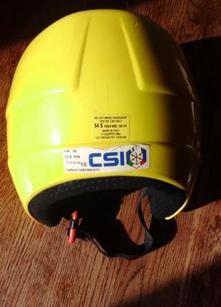 Шлем защитный для зимних видов спорта
