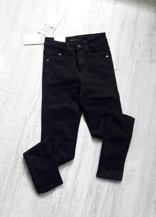 Ідеальні чорні джинси,утеплені
