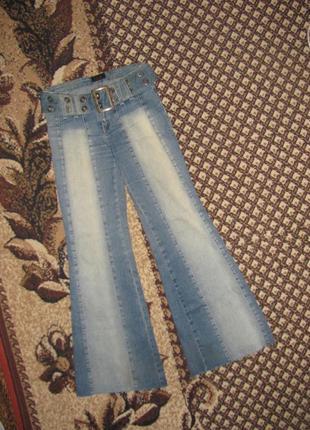 Классные джинсы клёш gloria jeans